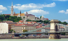 Spend an amazing year in Hungary!